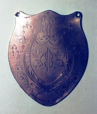 The Richmond Archers Gorget