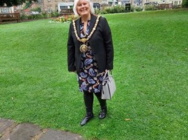 Mayor of Richmond, Councillor Lorraine Hodgson at VJ Day 75 Commemoration